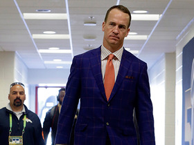 Watch: Peyton Manning arrives for Super Bowl 50