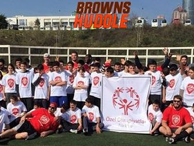 Watch: Browns Huddle: Barnidge & AFWB are going to Egypt