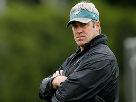 Watch: Doug Pederson's plan for splitting qb reps