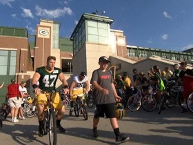 Watch: Training Camp Highlight: Green Bay Packers