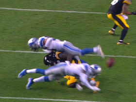 Watch: Sammy Coates fumbles; Lions recover