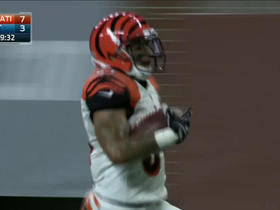 Watch: Can't-Miss Play: Derron Smith with the pick six