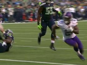 Watch: Jerick McKinnon runs it in for the 1-yard TD