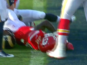 Watch: Spencer Ware powers up the middle for 2-yard TD