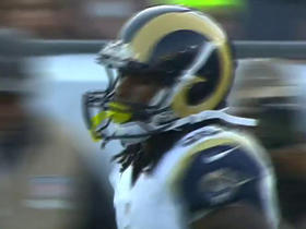 Watch: Todd Gurley runs up the middle for a 3-yard TD
