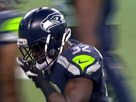 Watch: Christine Michael hits the hole for a 20-yard gain