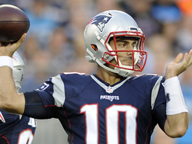 Watch: Jimmy Garoppolo finds Chris Hogan for the 17 yard gain