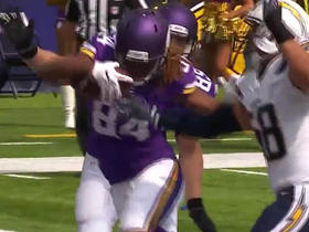 Watch: Cordarrelle Patterson recovers fumble in end zone for touchdown