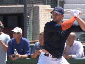 Watch: Tim Tebow baseball workout highlights