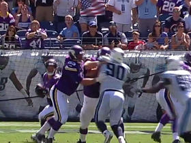 Shaun Hill finds Adam Thielen for 21 yards