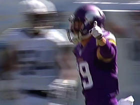 Shaun Hill finds Adam Thielen for 16 yards