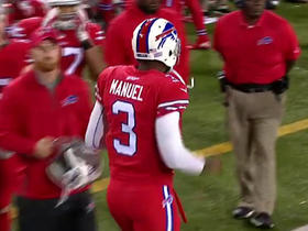 EJ Manuel converts 4th down on QB sneak