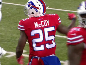 Watch: LeSean McCoy gains 24 yards after finding hole