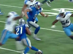 Watch: Ameer Abdullah with shifty run, gets huge block from Matthew Stafford