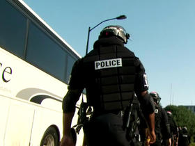 Watch: Officers in riot gear surrounding Bank of America Stadium