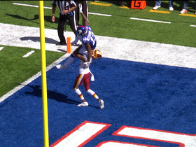 Watch: Norman lifts up Beckham during TD run