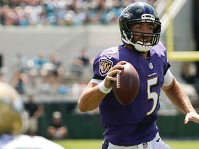 Watch: Flacco uses legs, goes in untouched for 7-yard TD