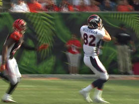 Trevor Siemian throws a deep pass to Jeff Heuerman for 28 yards