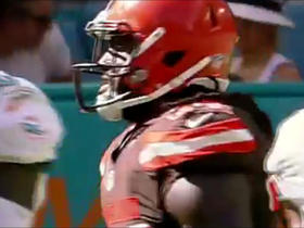 Watch: Isaiah Crowell rushes up the middle for 25-yards