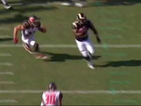 Watch: Benny Cunningham shows off quickness on 22-yard gain