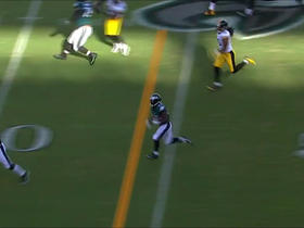 Watch: Darren Sproles takes screen pass for 40 yards