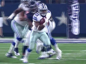 Watch: Ezekiel Elliott starts the game with a 21-yard run