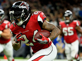 Watch: Ryan scrambles and finds Devonta Freeman for 26 yards