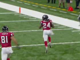 Watch: Devonta Freeman accelerates and gains 48 yards