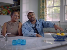 Watch: 'NFL Films Presents': Von and his Mom