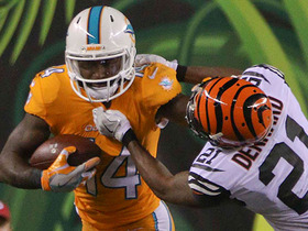 Watch: Jarvis Landry dodges defenders and gains 24 yards