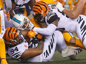 Watch: Bengals defense forces rough night for Tannehill