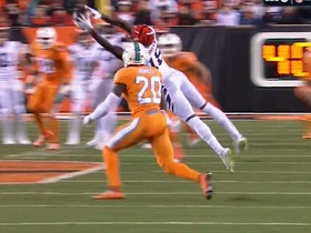 Watch: ESPN Brasil announcers call Bengals diving catch