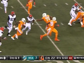 Watch: ESPN Brasil announcers call Dolphins catch and run