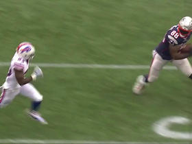Jacoby Brissett finds Martellus Bennett for a 58-yard catch