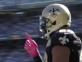 Mark Ingram pulls in a reception for 20 yards