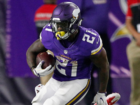 Jerick McKinnon bounces outside for 25 yards