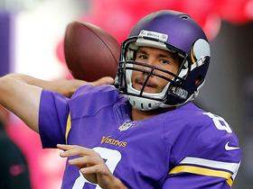 Watch: Sam Bradford finds Adam Thielen for a 36-yard touchdown