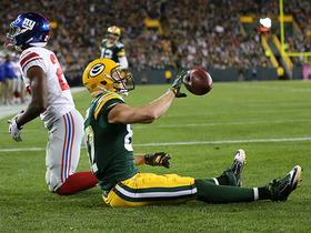 Jordy Nelson fully extends for TD catch