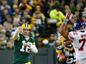 Rodgers throws interception in red zone
