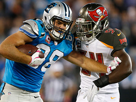 Greg Olsen gains 33 yards after getting wide open