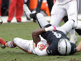 Dee Ford forces Derek Carr into key fumble, Chiefs recover