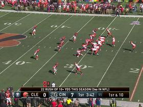 Watch: Isaiah Crowell breaks free for 21 yards
