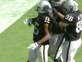 Watch: Carr, Crabtree finish off drive with 2-yard touchdown