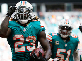 Watch: Ajayi scores 4-yard TD, Dolphins complete 2-pt conversion