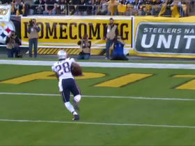 Watch: James White take a reception in for a 19-yard TD