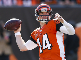 'Sound FX': Andy Dalton gets high-five from his son Noah before game