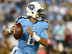 Watch: Mariota finds Delanie Walker for 47 yards