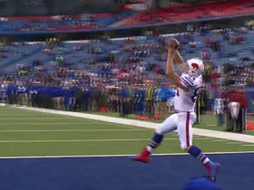 EJ Manuel finds a wide open Nick O'Leary on the 2-point conversion