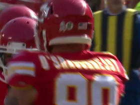 Bryan Walters fumbles, Chiefs recover