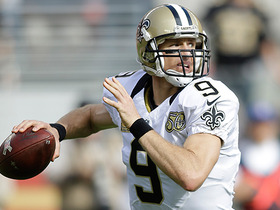 Drew Brees finds wide open Josh Hill for 32-yard pickup